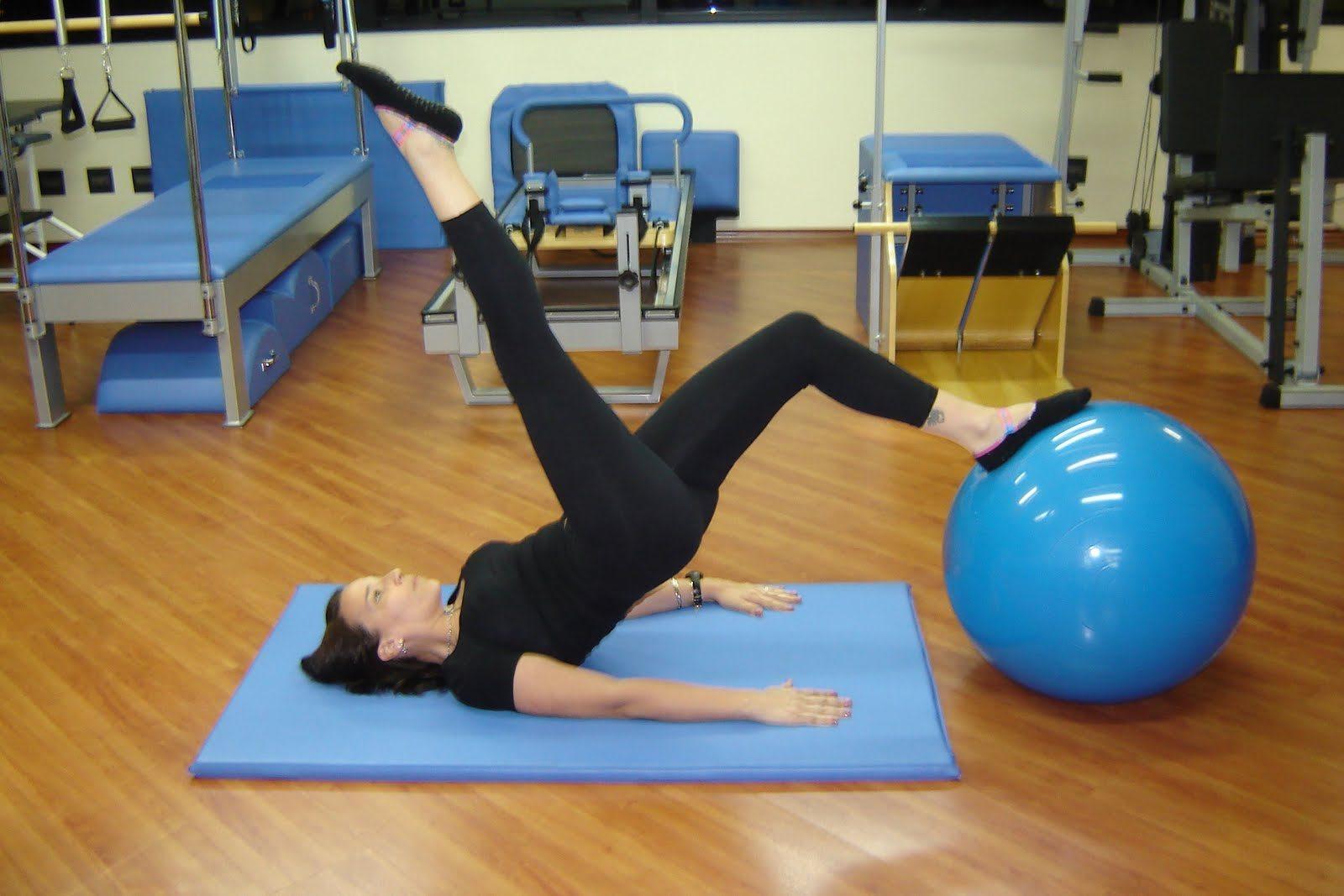 pilates203-8328919